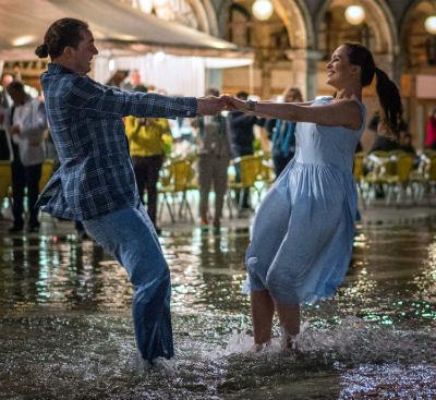 Valentine's day dance in venice