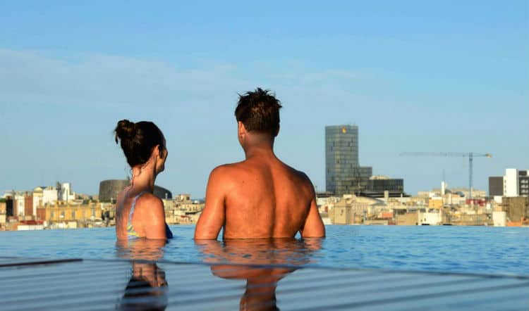 Barcelona is Romantic city to take girlfriend or wife