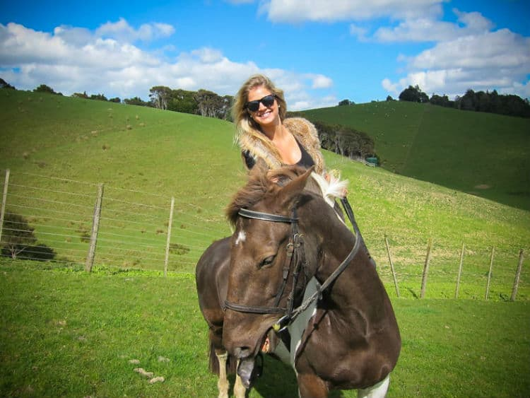 Solo woman traveler is safe in New Zealand