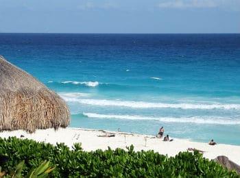 Playa Norte Cancun beach