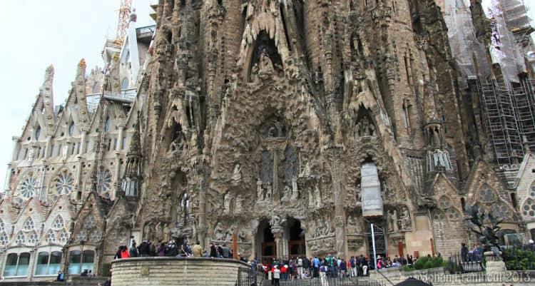 Best time to visit Sagrada Familia
