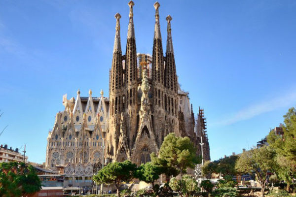Facts about Sagrada Familia