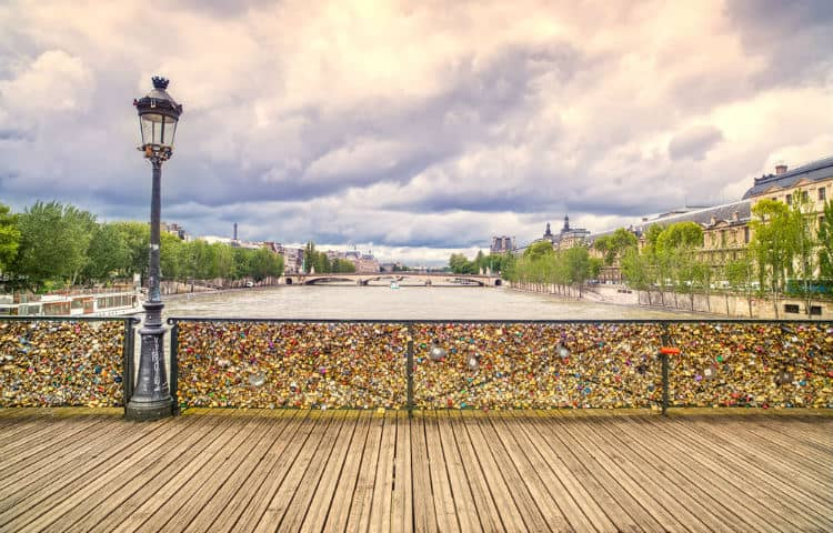 Pont des Arts on Valentine's Day