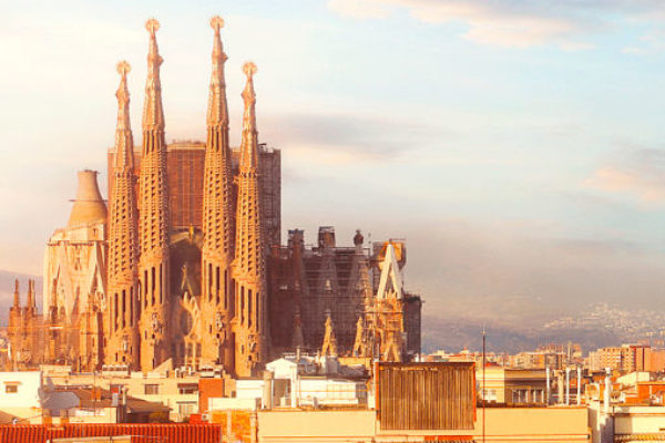 How to get to Sagrada Familia