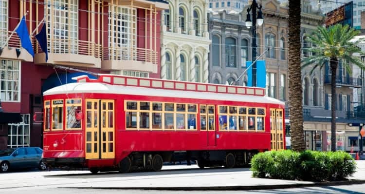 Valentine's Day in New Orleans Streetcars