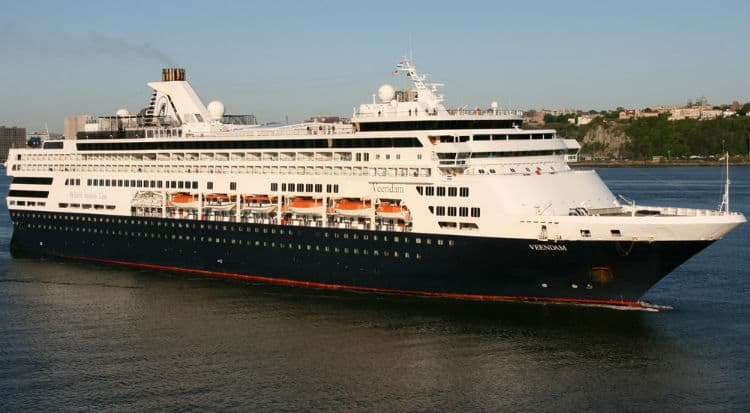 ms Veendam in Boston