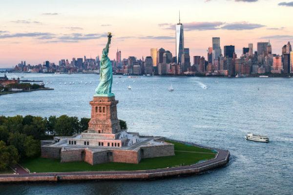 Statue of Liberty Manhattan skyline
