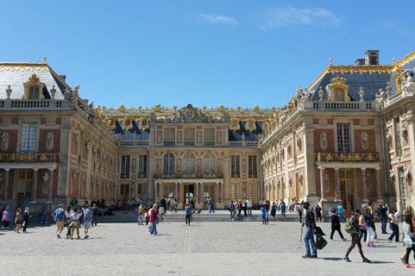 Palace of Versailles history